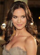 Odette Annable - Odessa Ayres