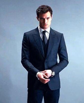 Christian-Grey-fifty-shades-of-grey-37379779-463-562