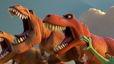 Un Gran Dinosaurio (2015) Español Latino