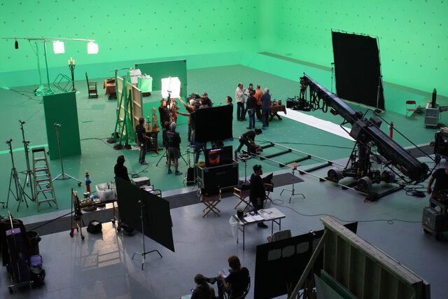 Archivo:Film-production-uk.jpg