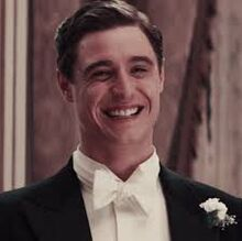 Max Irons in 'Woman in Gold'