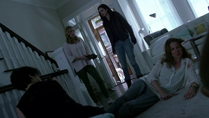 Robin Weigert dead with L to R Carrie-Anne Moss, Susie Abromeit and Krysten Ritter in 'Jessica Jones-AKA 1,000 Cuts'