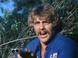 Darby Hinton just before his death in 'Without Warning'
