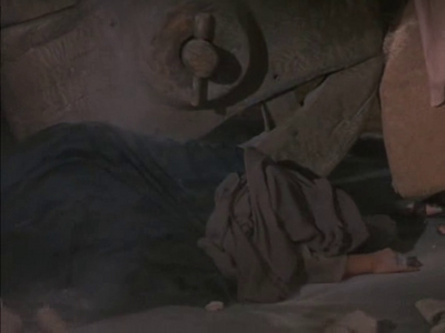 Lisa Gaye dead in 'The Time Tunnel-The Walls of Jerico'