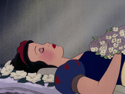 Snow-white-disneyscreencaps.com-9434