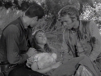 Terry Moore dead in 'Incident of the Tumbleweed Wagon'