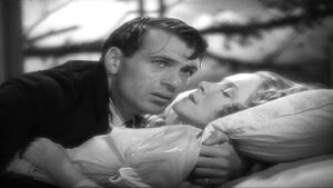 Helen Hayes (with Gary Cooper) in A Farewell to Arms.