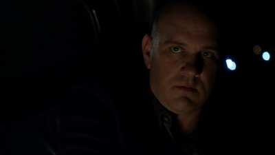 Mike O'Malley shortly before his death in 'Justified-Ghosts'