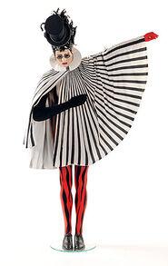 Costumes 2 - Saltimbanco