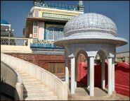Bhong mosque kupol01