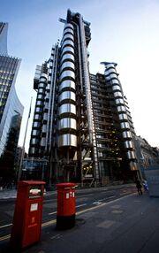 Lloyd's building from Leadenhall Street
