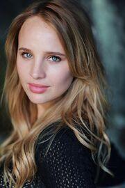 Natasha Loring