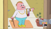 Clarence episode - The Trade - 069