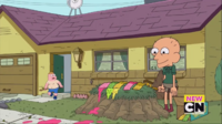 Clarence episode - The Trade - 033