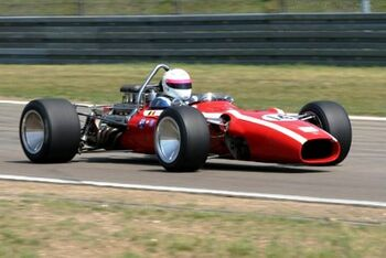 Cooper T86C Alfa-Romeo, Chassis F1-3-68 at the 2004 Old Timer Grand Prix WM