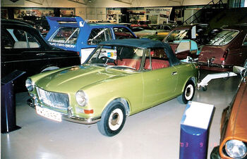 MG Midget concept car ADO34, Mini-based, in 2003 at the Heritage Motor Centre in Gaydon) by dave 7 - Flickr on wikipedia