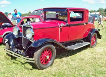 1930 Chrysler Series 66 Coupe at the 2011 Great Bloxham Vintage Vehicle & Country Show. RK