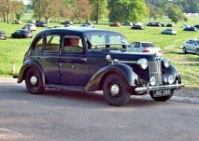 Austin 16 (1948) at the 2011 Weston Park Classic Car Show RK