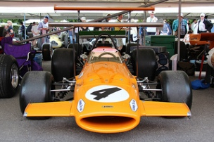 McLaren Cosworth M7C (1969) Engine 2993 V8 Cosworth DFV, at the 2011 Goodwood Festival of Speed RK