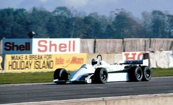 Williams FW07D, 6WD at Donington Park in 1981, driven by Alan Jones. by f1history & f1technical.net