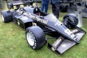 Lotus 95T - Renault, at the 2002 Goodwood Festival of Speed, WM