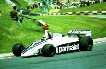 Brabham BT50, driven by Nelson Piquet, at the 1982 British Grand Prix, Brands Hatch, ML