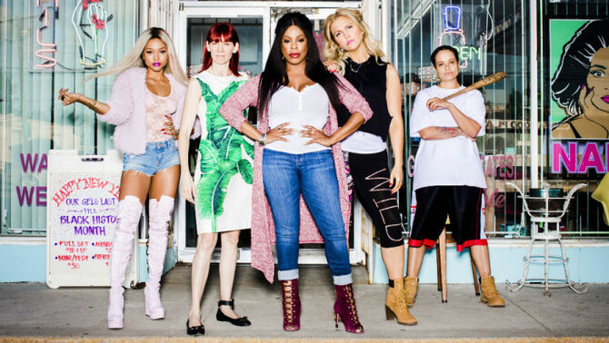 Claws cast