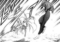 Galatea mentre schiva il primo attacco di Miata