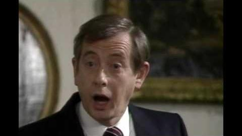 Yes Prime Minister S01E08 - One of Us-0
