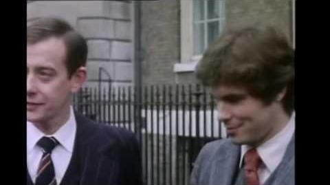 Yes Minister S01E01 - Open Government