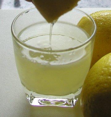 File:LemonJuice3.jpeg