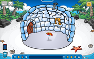 Thorn Igloo - Early August 2019 - Club Penguin Rewritten