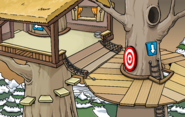 Medieval Party 2020 Treetop Fort