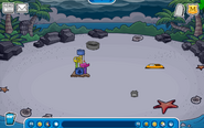 Thorn Igloo - Late October 2019 - Club Penguin Rewritten