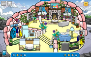 Lovebacon56 Igloo - Mid February 2020 - Club Penguin Rewritten