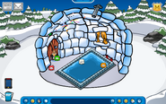 Larry Igloo - Late August 2018 - Club Penguin Rewritten