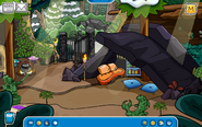 Charlie Igloo - Mid February 2020 - Club Penguin Rewritten