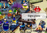 700y Piano2
