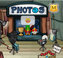 Me taking a WINNER photo with my Brown Puffle!
