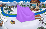 Club Penguin Island Party Snow Forts