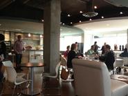 Club Penguin HQ Cafetería Real