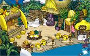 La Bahía durante la Fiesta de la Aventura; El Templo de Frutas (antes)