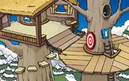 Treetop Fort from archives.clubpenguinwiki.info
