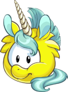 13. Puffle Unicornio Amarillo