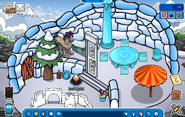 My igloo during Frozen Party 2014