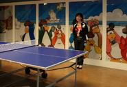 Club Penguin HQ Sala de Juegos
