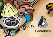 Club-penguin-stereo-pin-book-room