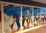Club Penguin HQ Pared