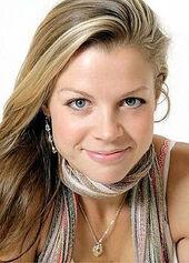 Stephanie Lemelin9