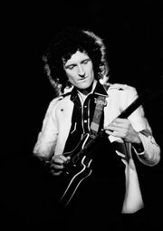 Brian-May with red special